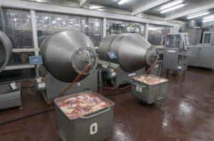 Дезинфекция мяса оборудования цеха