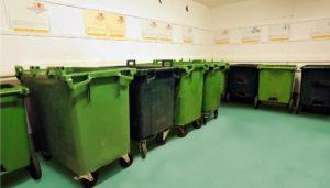 Сміттєві контейнери сміттєвози стерилізація